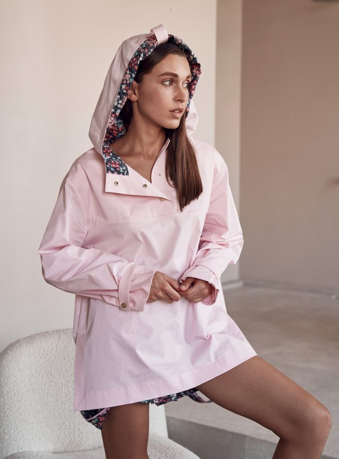 Pink anorak Reine